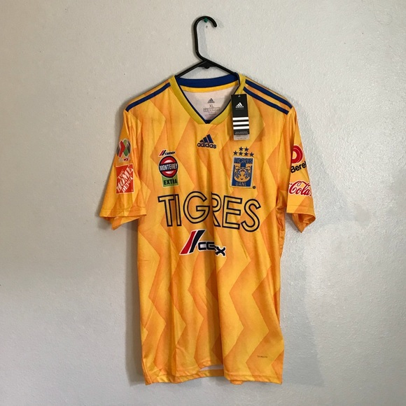 meet 3faf4 32e74 Tigres soccer jersey NWT